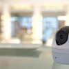 キヤノン:コンセントにさすだけで利用できる工事のいらない防犯カメラの提供開始